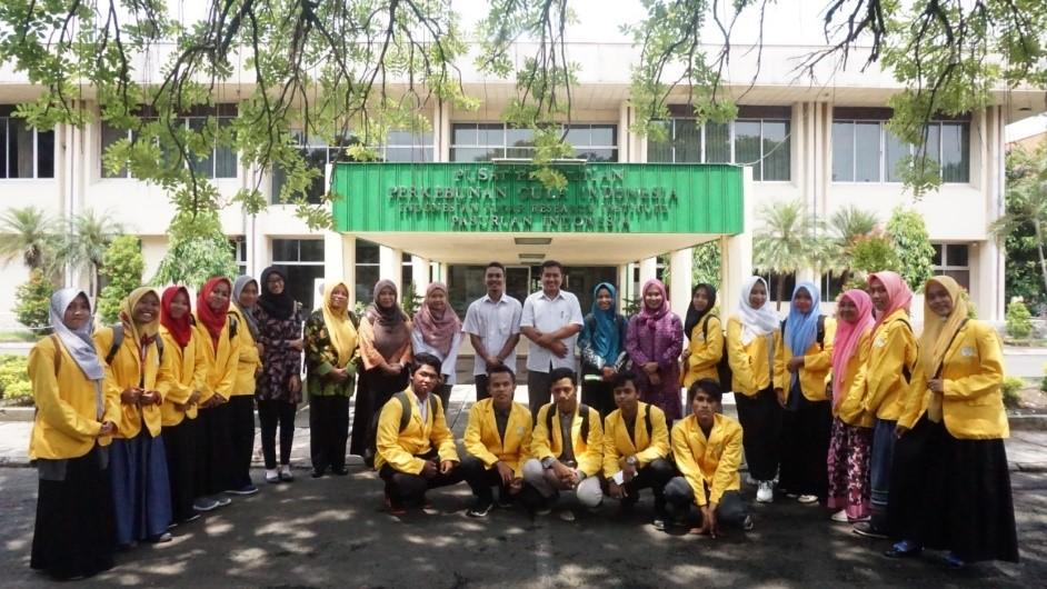 Kunjungan Prodi Teknologi hasil pertanian dan Prodi pendidikan Biologi ke Pusat penelitian perkebunan gula Indonesia – Pasuruan