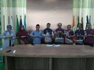 Penandatangan MOU ITSNU dengan APEKI (Asosiasi Petani Kopi Indonesia)